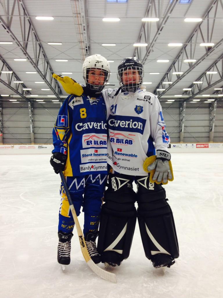 Emma Persson och Amanda Nykänen debuterade mot Surte.